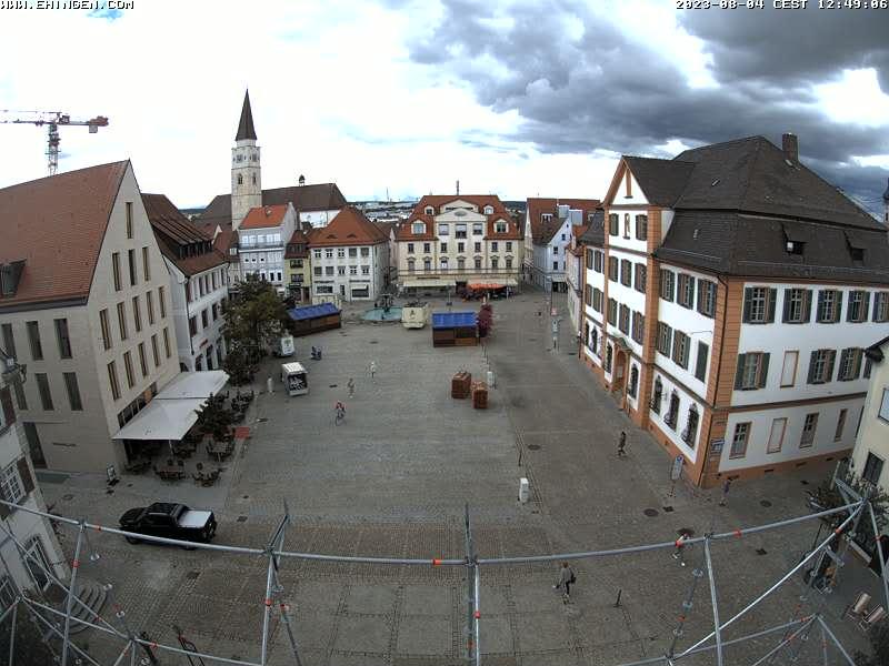 Marktplatz mit Stadtkirche St. Blasius